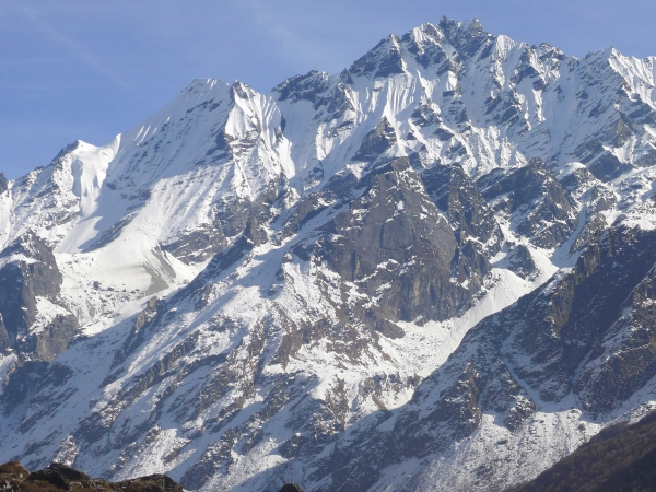 Naya Khang Peak 5844m.